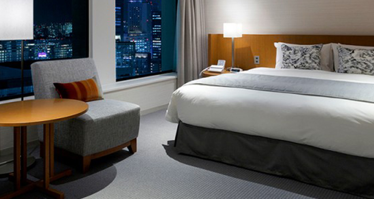 新宿/京王プラザホテル
